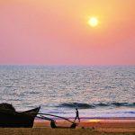 Kväll på stranden i Indien